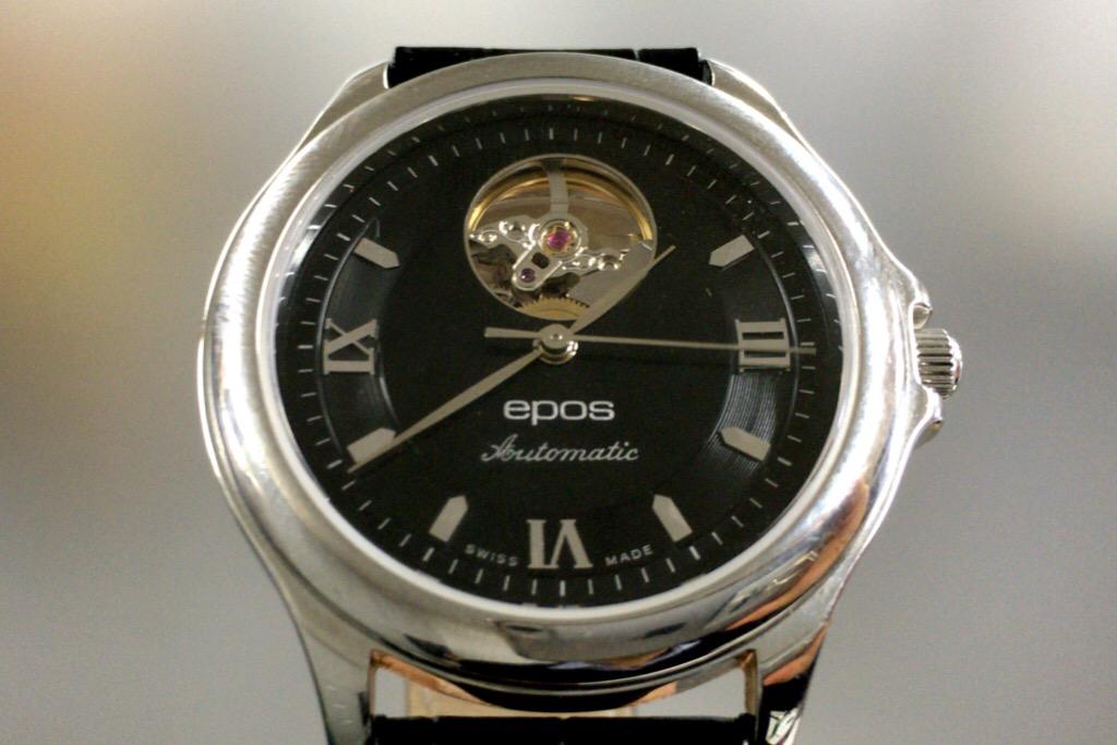 エポス時計正面