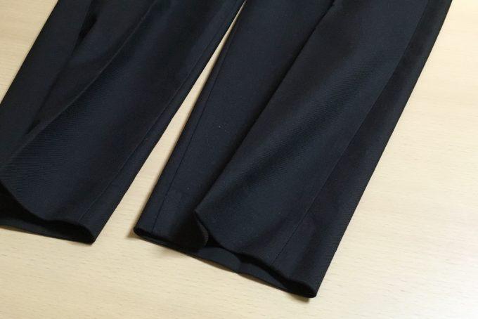 ユニクロのイージーアンクルパンツ裾