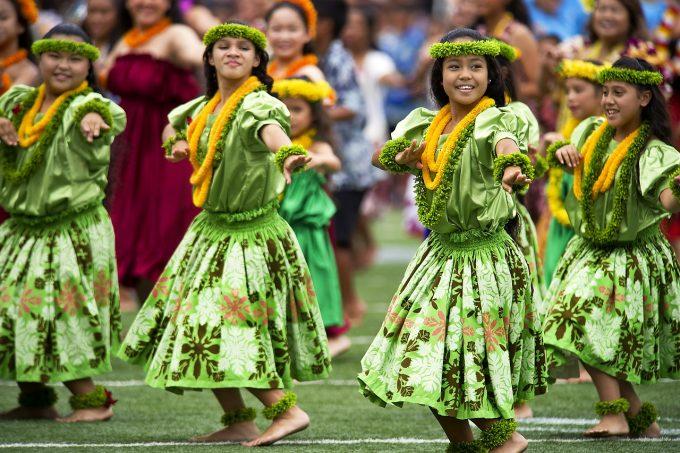 ハワイのフラダンサーたち