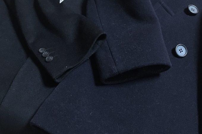 ユナイテッドアローズのPコートとユニクロのチェスターコート 袖アップ