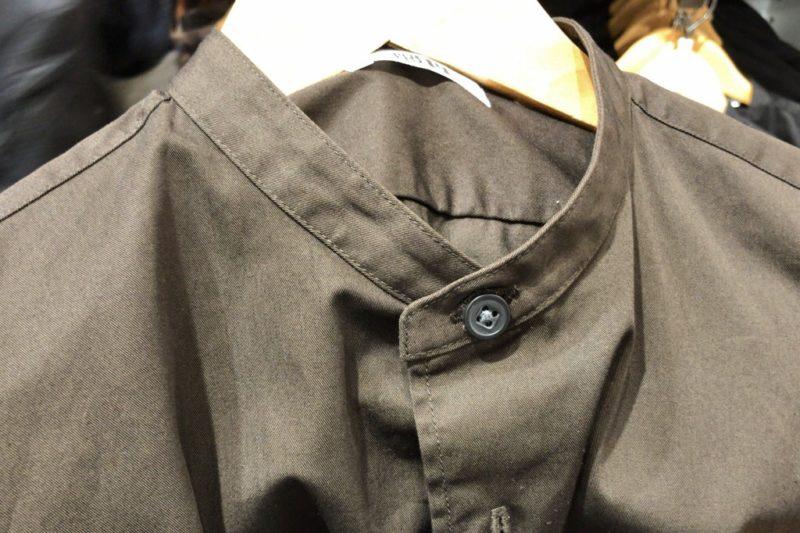 ワイドフィットスタンドカラーシャツ(長袖)